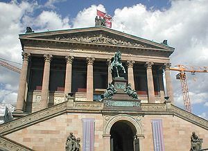 Die Nationalgalerie In Berlin Ist Eine Sammlung Von Kunst Des 19., 20. Und  21. Jahrhunderts Unter Dem Dach Der Staatlichen Museen Zu Berlin Der  Stiftung ...